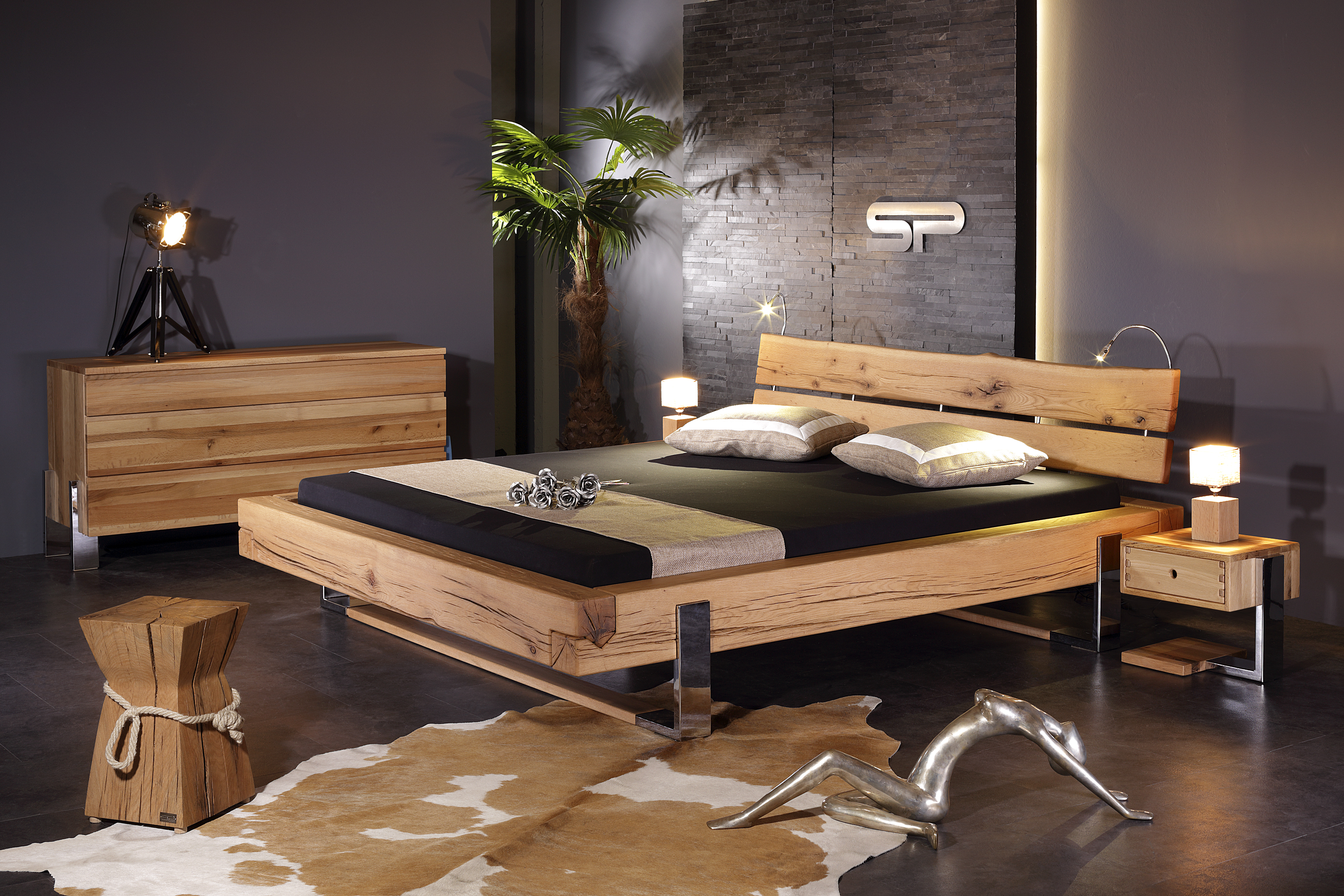 Bett massivholz balken die neuesten innenarchitekturideen for Einbaukuche massivholz
