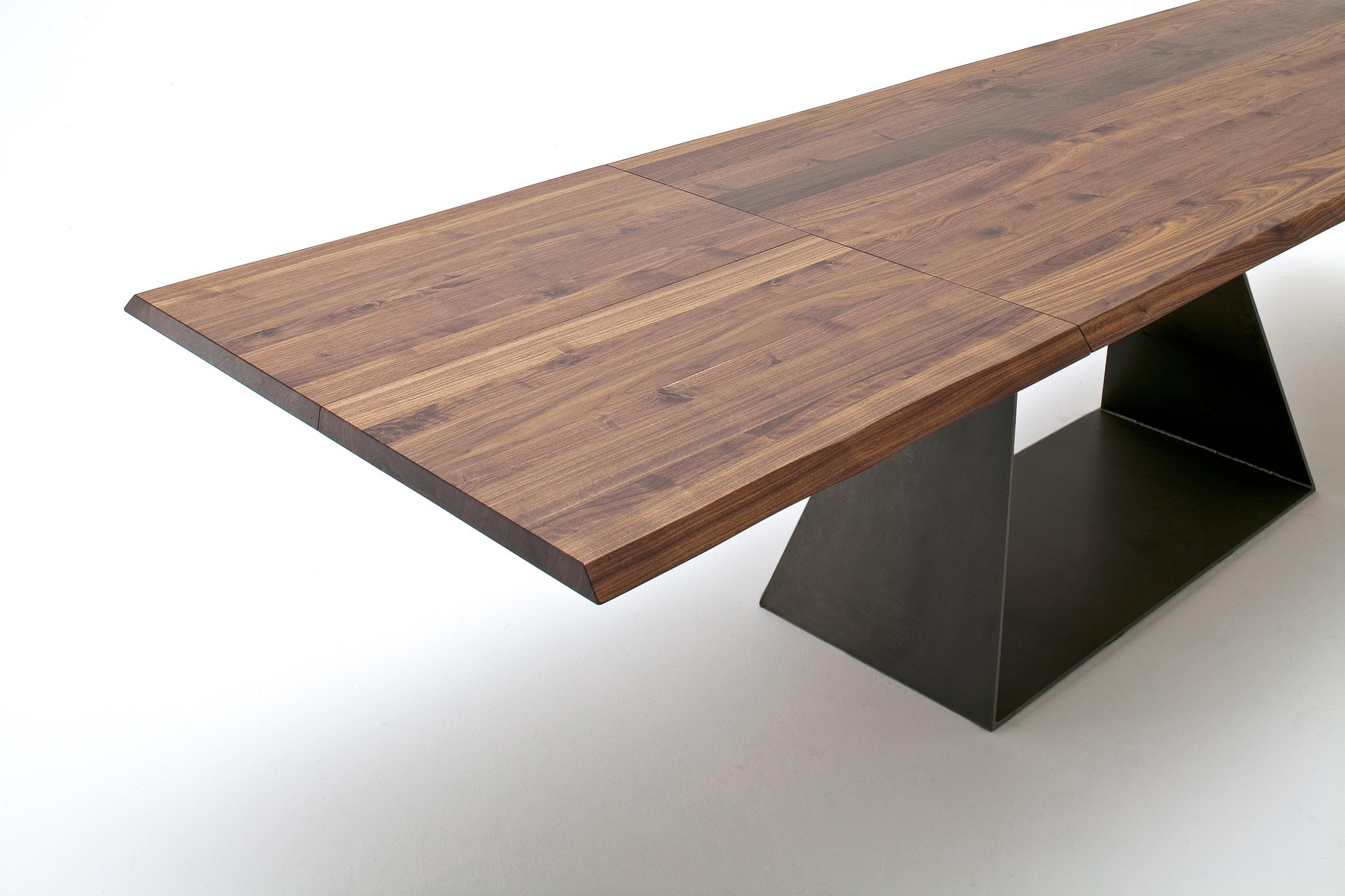 Tisch Zweigl Z32 Boschung